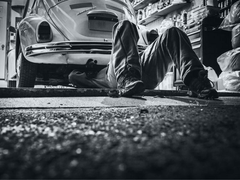 Service eftersyn på bil