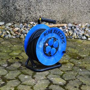 blå kabeltromle 10 meter - lej den hos vojens trailer udlejning